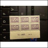 1927  Itsenäisyys 1½M numerokuusilo