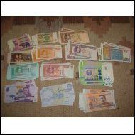 160 kpl käyttämättömiä seteleitä 16 erilaista mm. Uzbekistan