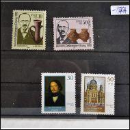 DDR 1990  KAKS  2 KPL SARJAA,,,,,**