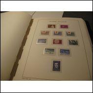 Leuchturm kansio, taskuilla 1963-97, hyvä! Vähän merkkejäkin